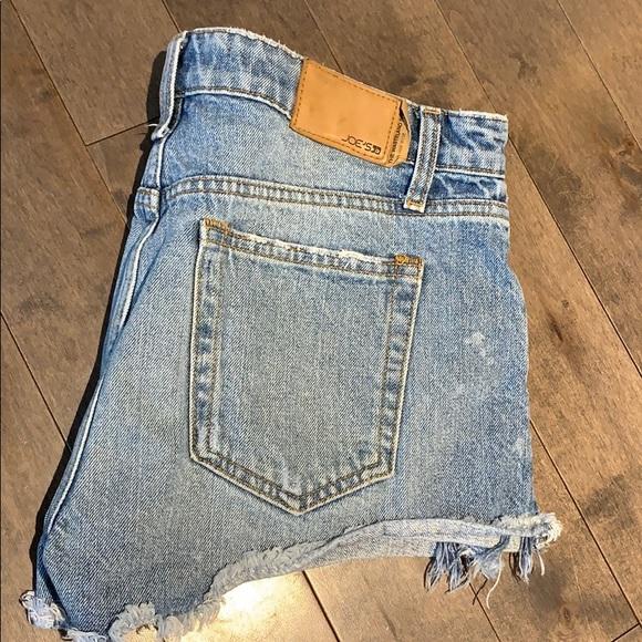 Joe's Jeans Wasteland Short cutoff high rise jean